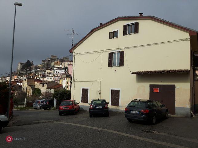 Casa indipendente in vendita Via piccolomini 2, Celano