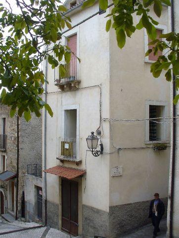 Porzione di casa in vendita via marino 10, Caramanico Terme