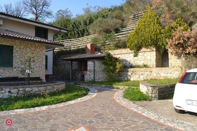 Casa indipendente in affitto contrada santa Lucia, Apice