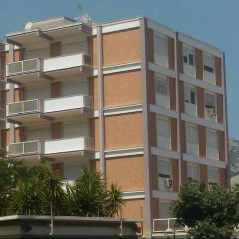 Appartamento in affitto a palermo 35511527 for Monolocale palermo affitto arredato