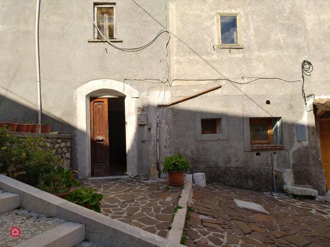 Casa indipendente in vendita Via del Alpino 47, Ovindoli