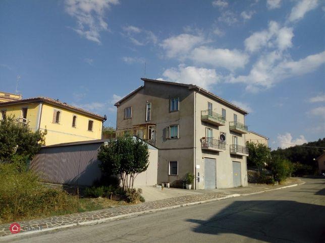 Appartamento in vendita via Cerreto 6, Carunchio