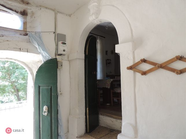 #abruzzo #borghi #caramanicoterme #holiday #italy #maiella #pescara #themostbeautifulvillagesofitaly #thermalwaters #village Italy property for sale cheap