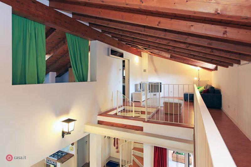Attici, Mansarde con terrazzo in affitto da privati in ...